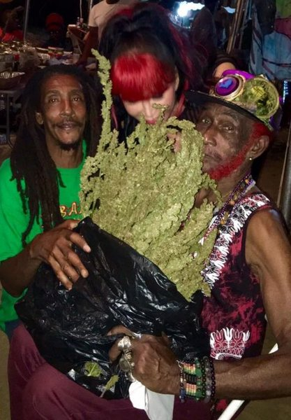 Lee Scratch Perry christmas gift