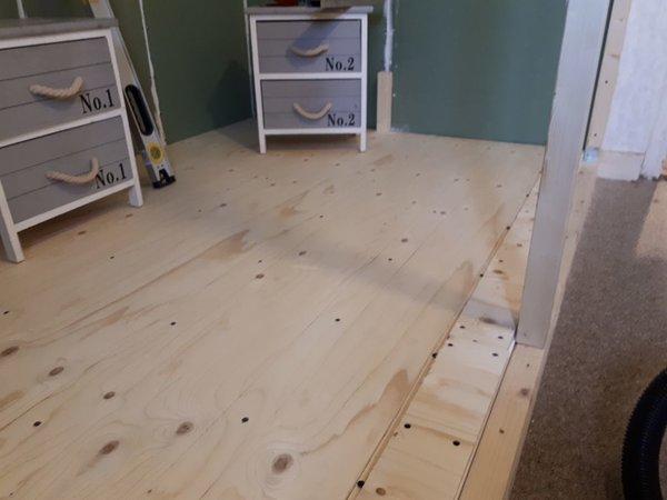 en de rest van de vloer