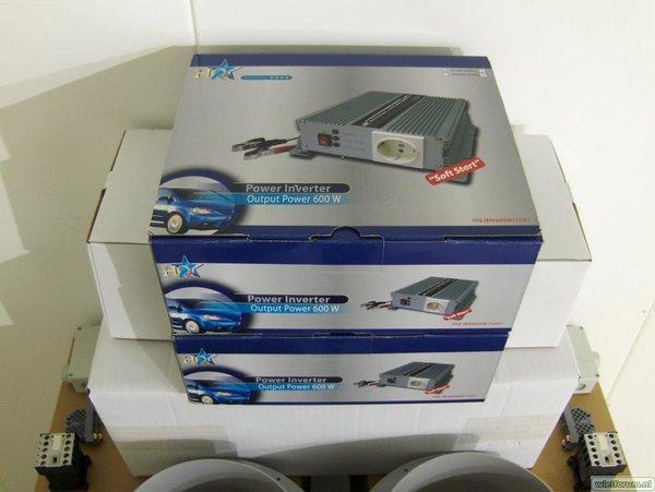 004 Backup Unit Omvormers 600watt.JPG